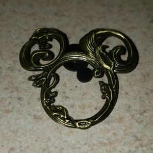 Vine Mickey ears trading pin
